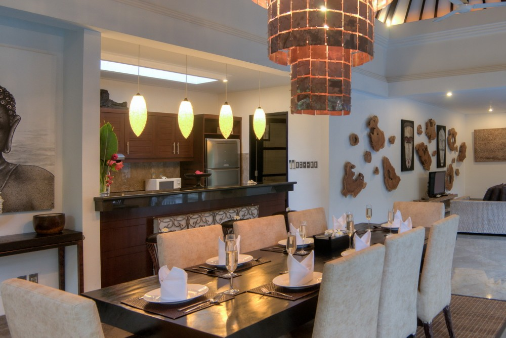 villa-senang-the-residence-seminyak-dining-table