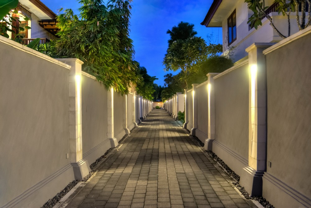 villa-senang-the-residence-seminyak-entrance