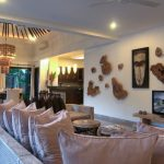 villa-senang-the-residence-seminyak-sofa-tv