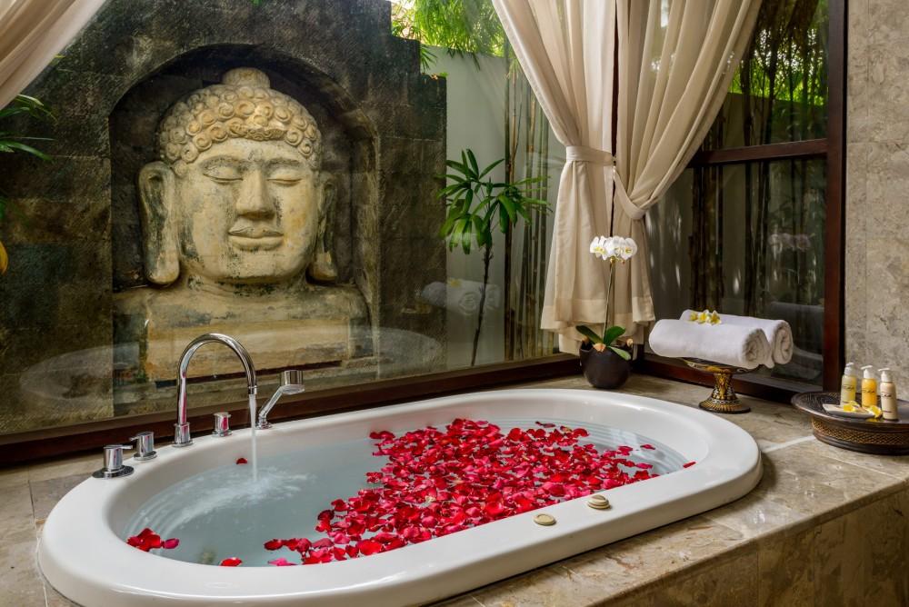 villa-siam-the-residence-seminyak-bathtub