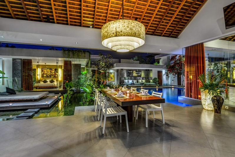 Villa-Banyu-Bali-Dining-Table