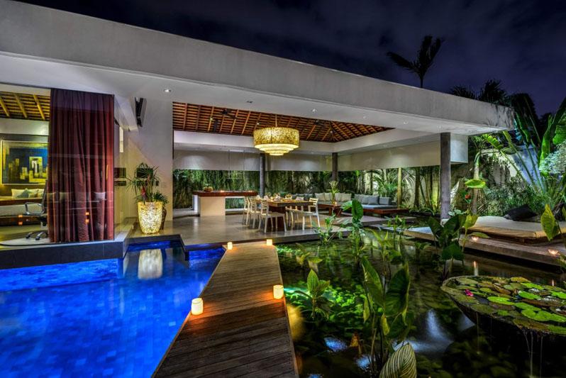 Villa-Banyu-Bali-Pool-Entrance
