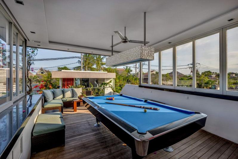 Villa-Banyu-Bali-Pool-Table