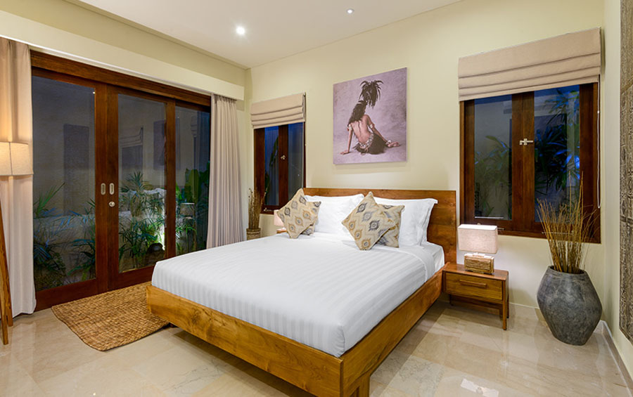 villa-sophia-legian-bedroom