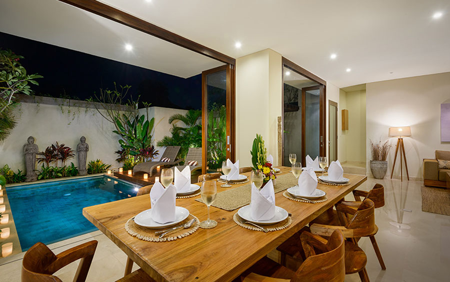 villa-sophia-legian-dining-table