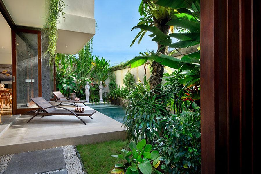 villa-sophia-legian-pool-side