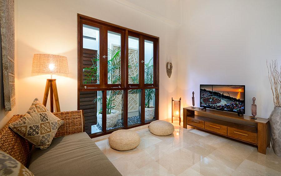 villa-sophia-legian-tv-area