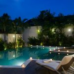 villa-suliac-bali-pool-sunlounger-night