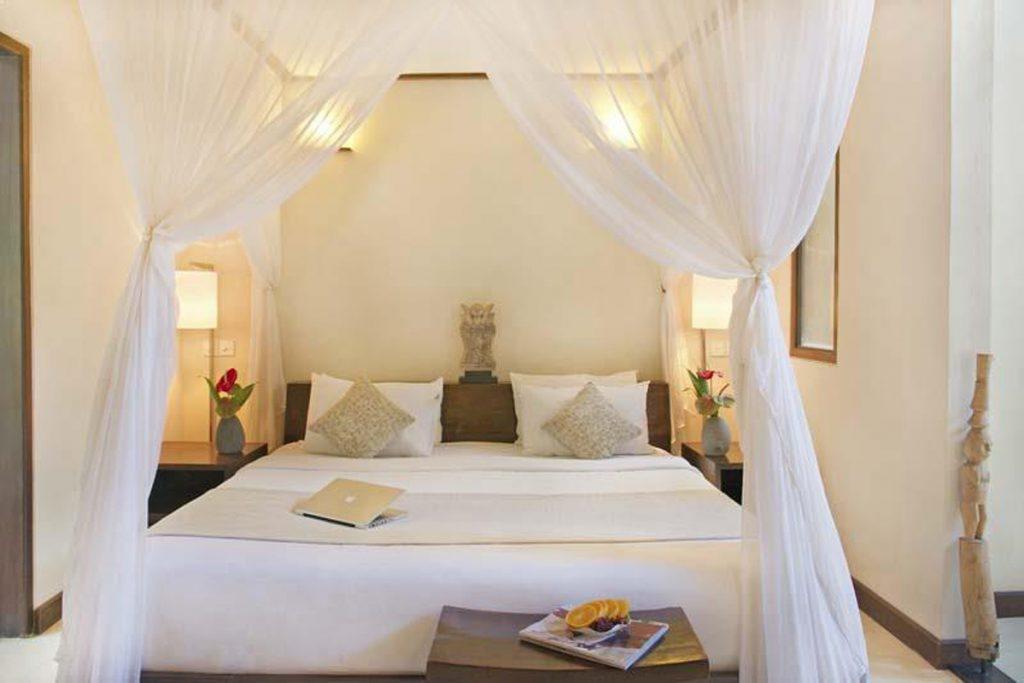 1-bedroom-luxury-villa-seminyak-bali-v10