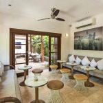 Villa-Kubu-The-Oasis-Cafe-Seminyak-Bali