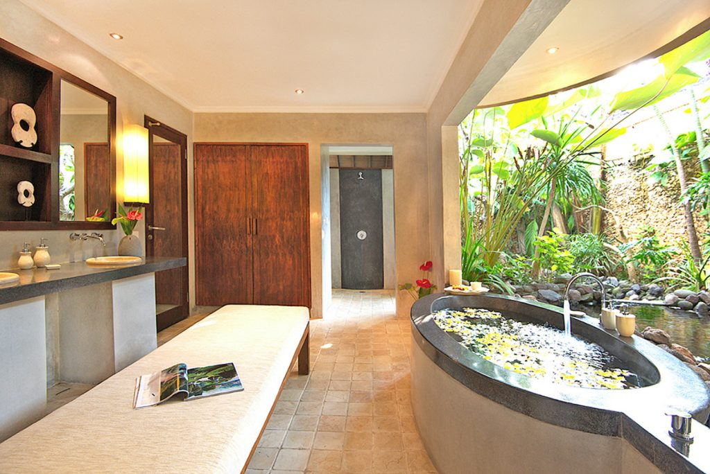 bali-seminyak-villa-kubu-1-bedroom-bathroom-v10