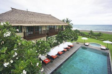5 Luxury Beachfront Villas